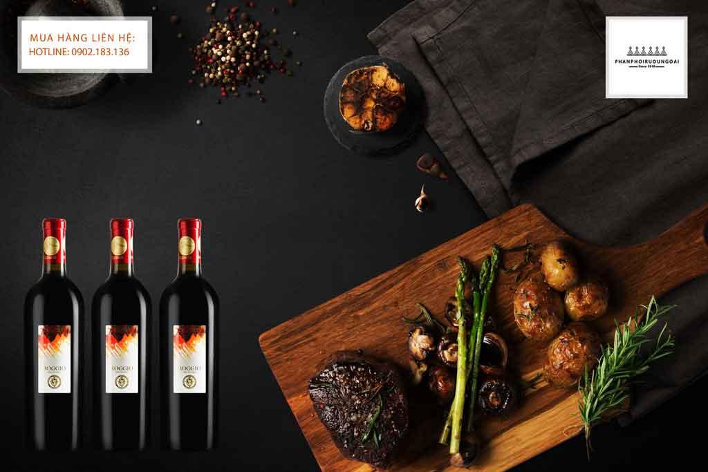 Rượu Vang Ý Roggiio Del Filare Piceno DOC Superiore và bít tết