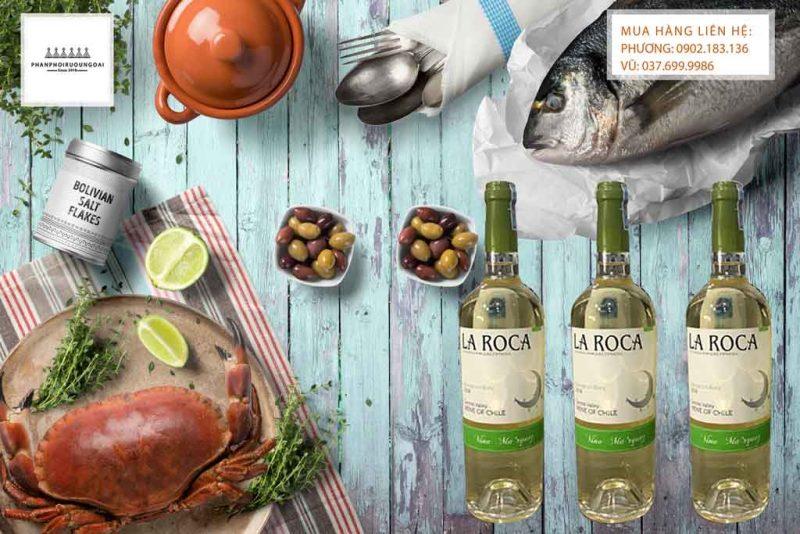 Rượu Vang Chile La Roca Sauvignon Blanc và hải sản