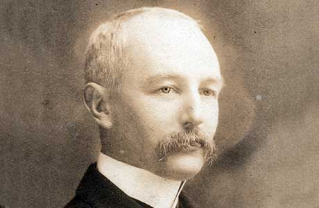 John Alexander Dewar người mở rộng việc kinh doanh của gia đình
