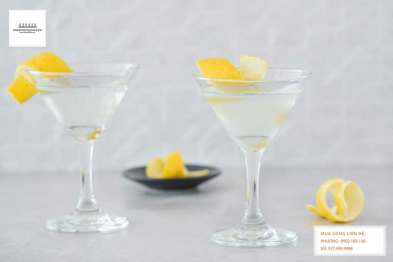 Ly Cocktail Gin Martini Cocktail