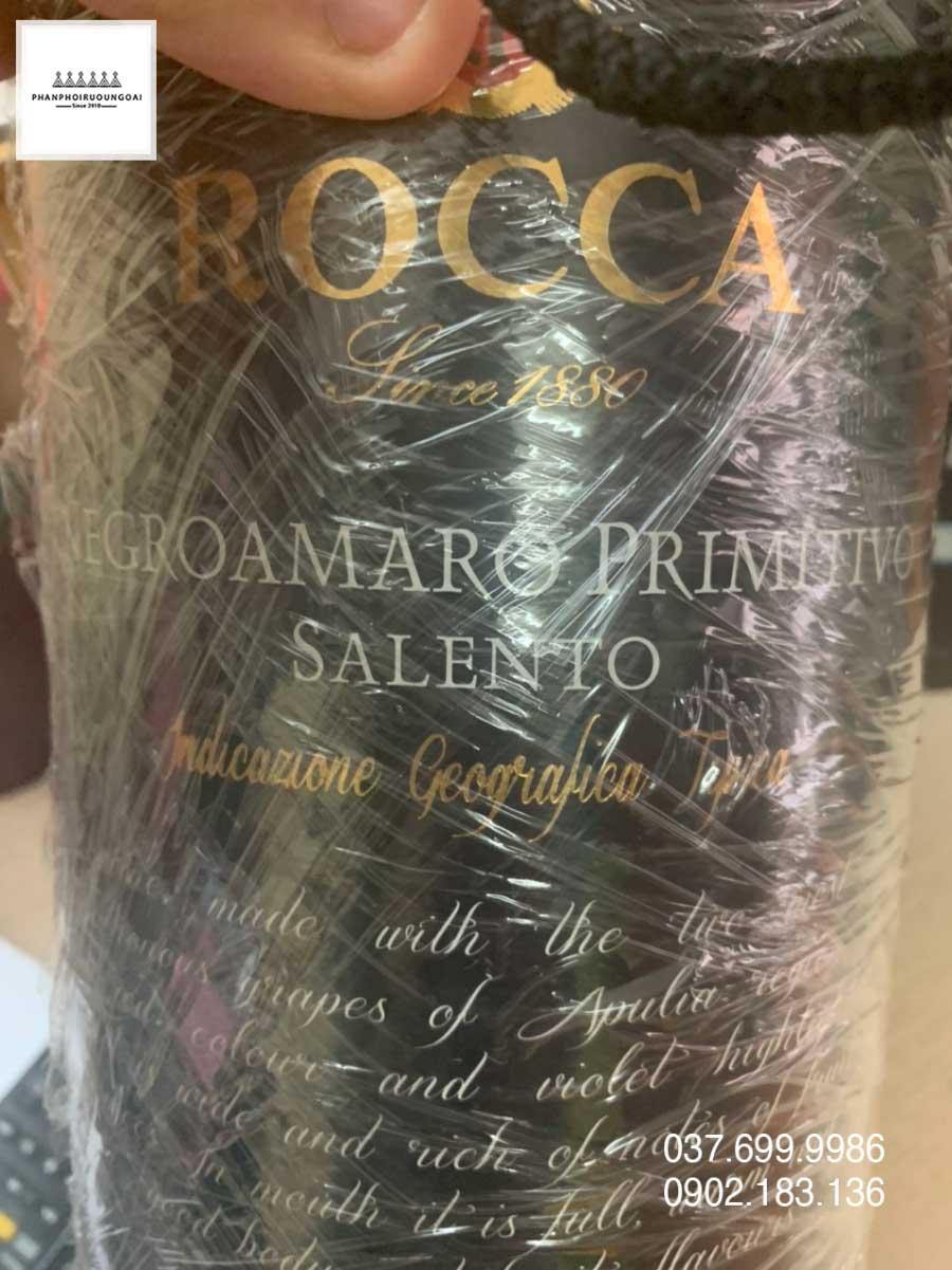 Nhãn chính rượu vang Bịch Ý Rocca Negroamaro Primitivo 3 L
