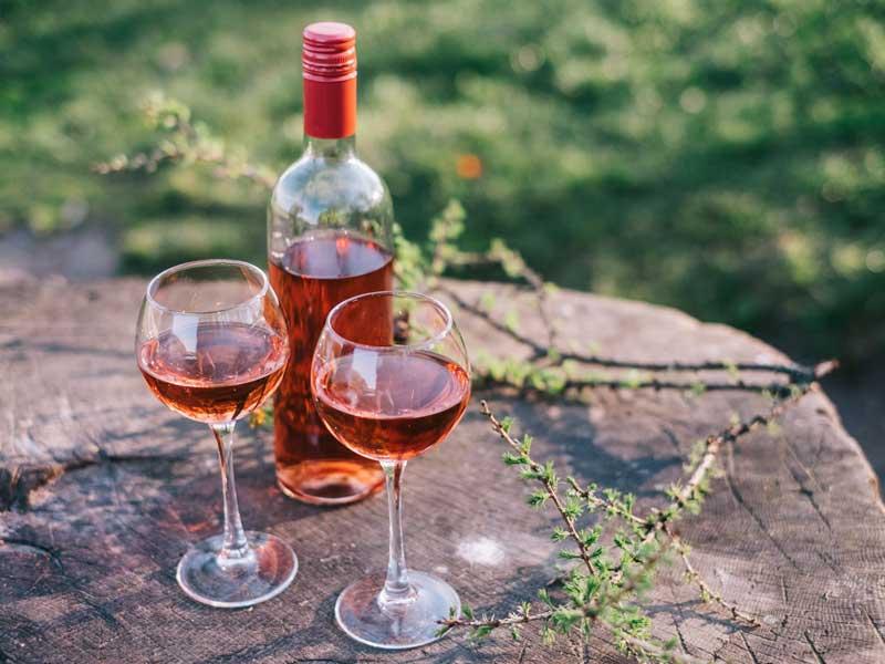 Tìm hiểu thông tin về các loại rượu vang hồng - Rosé Wine