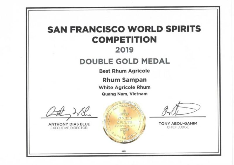 Giải thưởng vàng của rượu Rhum Sampan