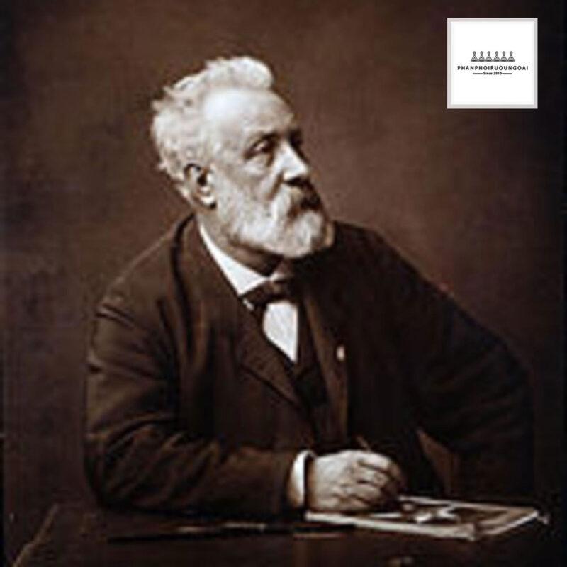 Nhà văn nổi tiếng của Pháp Jules Verne cha đẻ của các thể loại văn học khoa học viễn tưởng