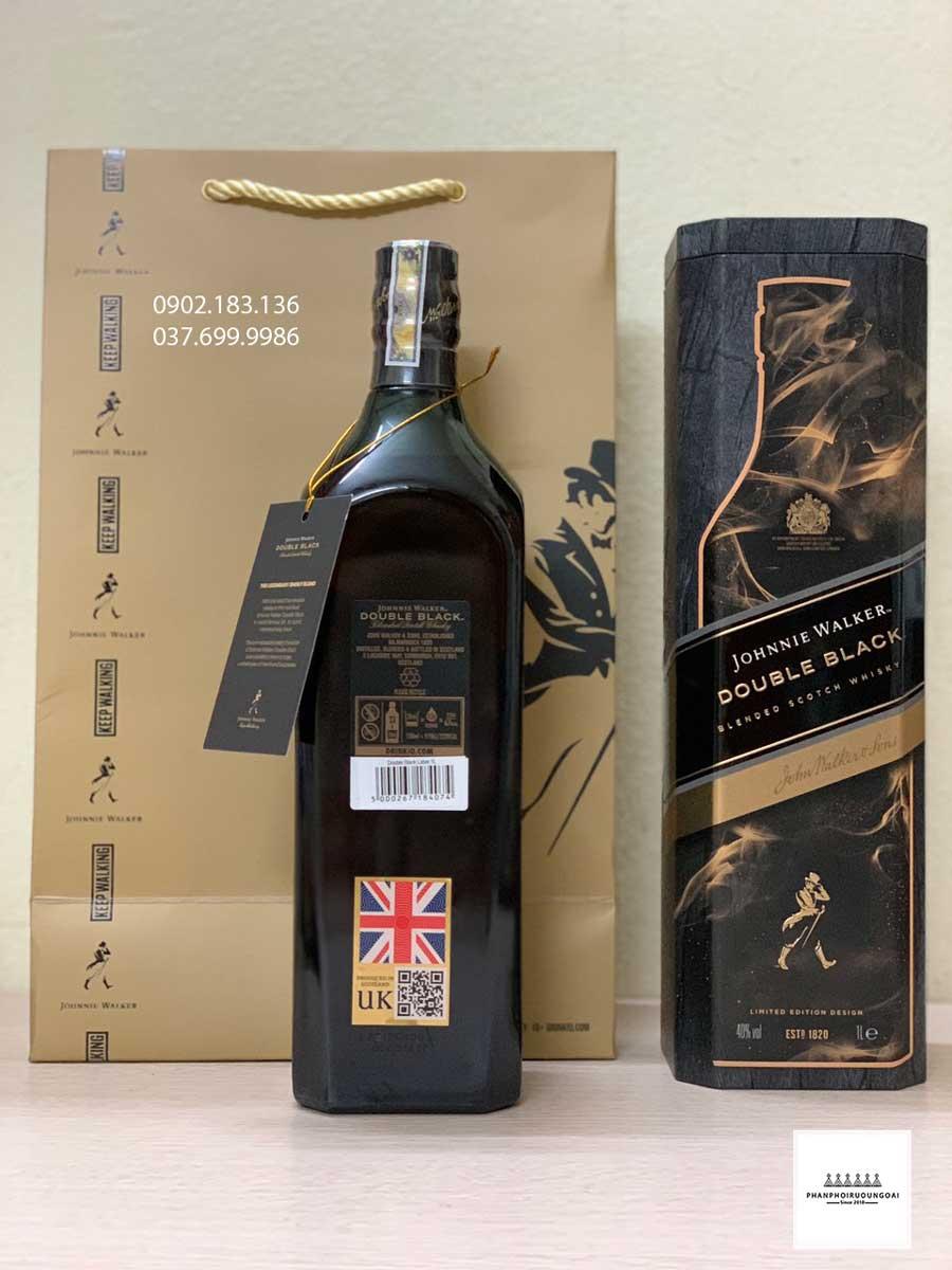Ảnh thực tế Rượu Johnnie Walker Double Black Label hộp quà tết 2021