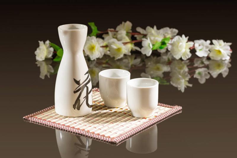 Rượu Sake và rượu vang khác nhau thế nào