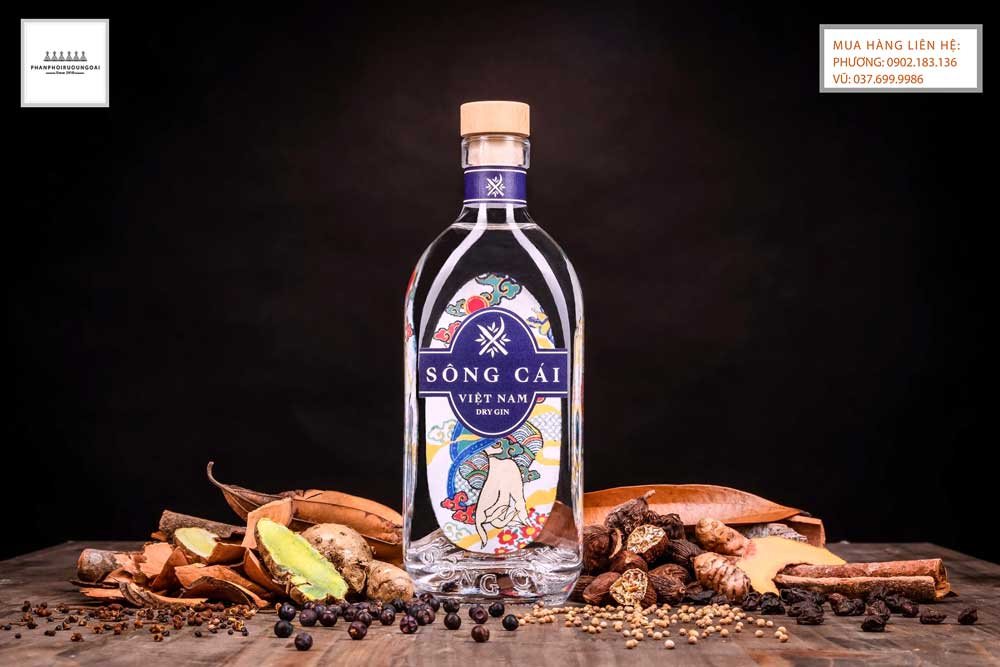 Thay đổi kiểu dáng rượu gin sông cái Việt Nam Dry Gin trong năm 2020