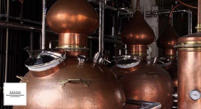 Tĩnh Đồng Trưng Cất Rượu Whisky của nhà Karayoshi