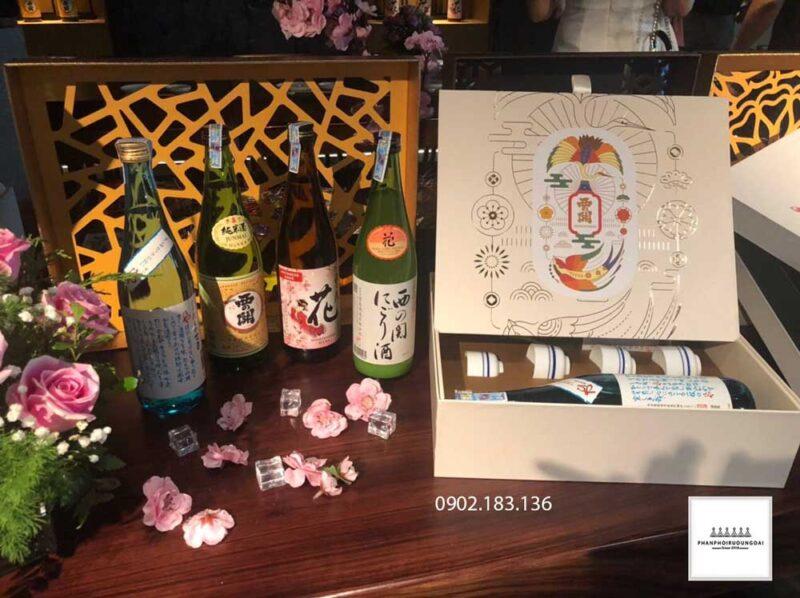 Mẫu tham khảo Sake hộp quà tết 2021