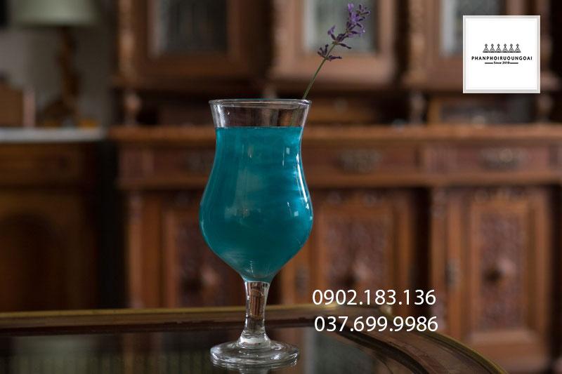 Ly Cocktail đẳng cấp với rượu vang nổ Fogoso Azul