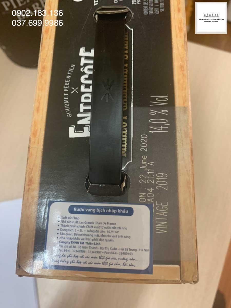 Rượu vang bịch Pháp Entreconte 3L và tem phụ của nhà nhập khẩu