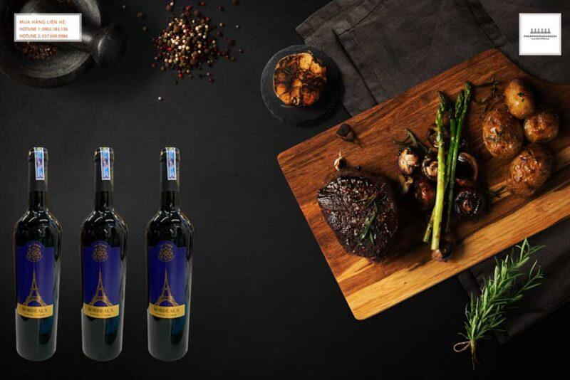 Thưởng thức rượu vang Pháp La Chaux Bordeaux với thịt bò bít tết
