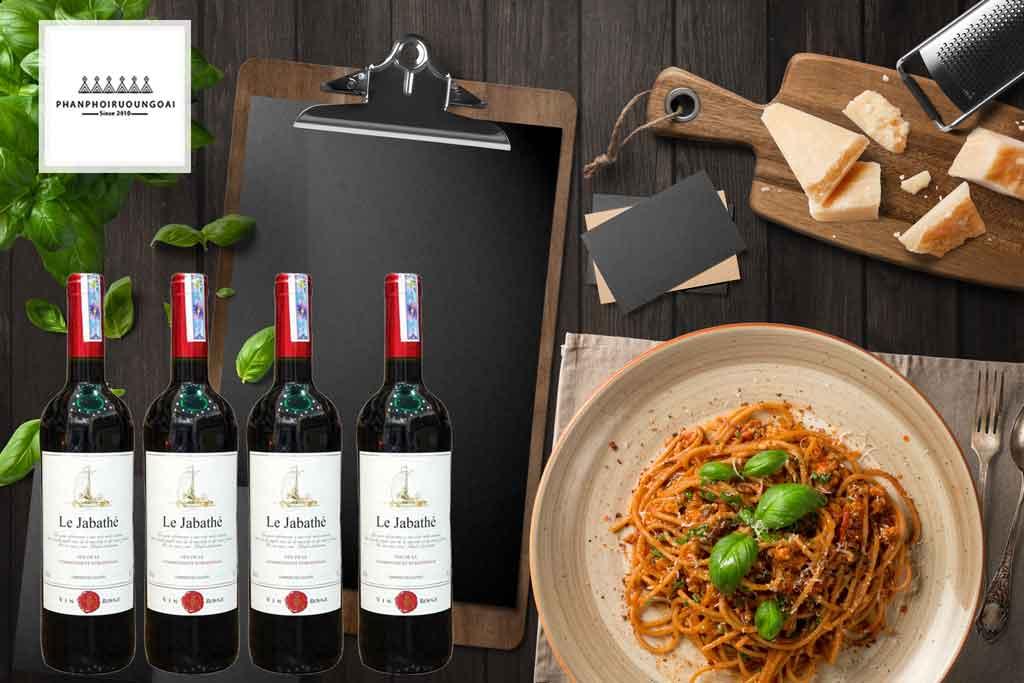 Rượu vang Pháp giá rẻ Le Jabathe và Mỳ Ý