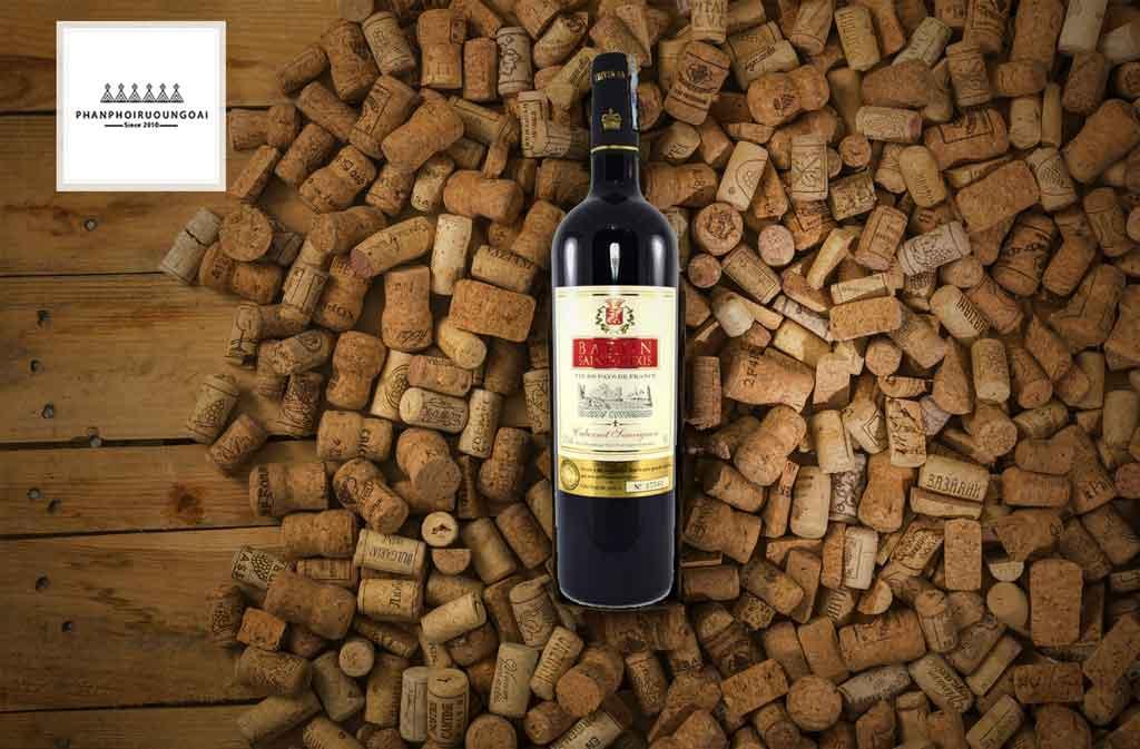 Rượu vang Pháp giá rẻ Baron Saint Alexis và nút chai