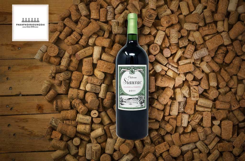 Rượu vang Pháp giá rẻ Chateau Siaurac Lalande de Pomerol