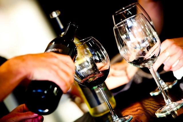 Thời điểm nào là thời điểm tốt nhất để uống rượu vang